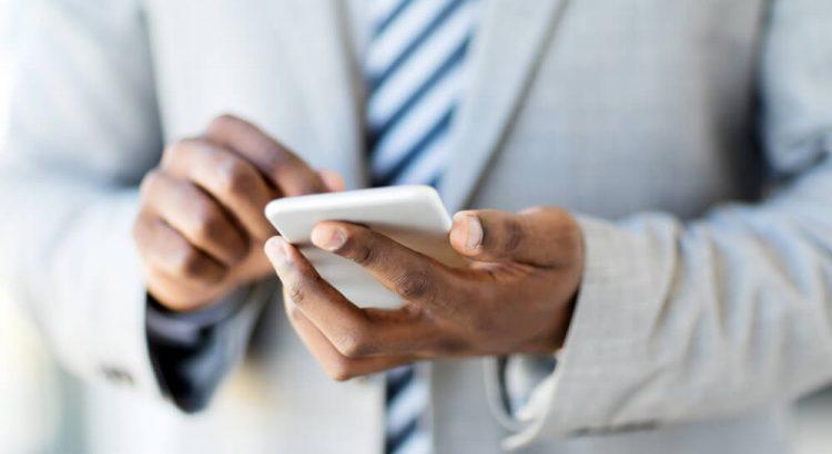 celular pessoal para fins corporativos